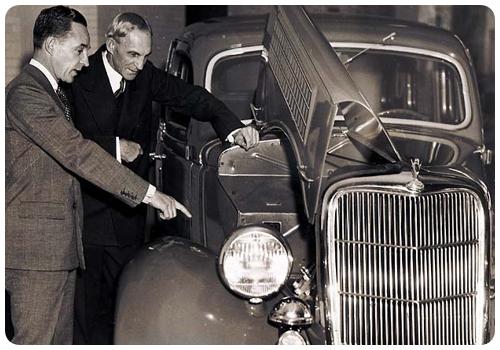 Генри Форд и Эдсел Форд